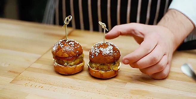 Мини бургеры с сицилийскими галетами